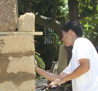 Volunteers help construct a Sculpture on the Grounds