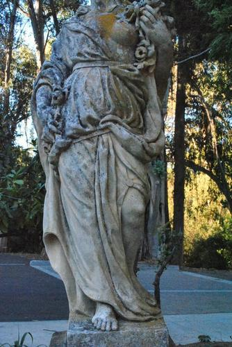 A statue at the entrance to the Italianate Garden