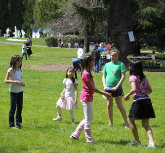 Kids enjoy a day on Montalvo's grounds